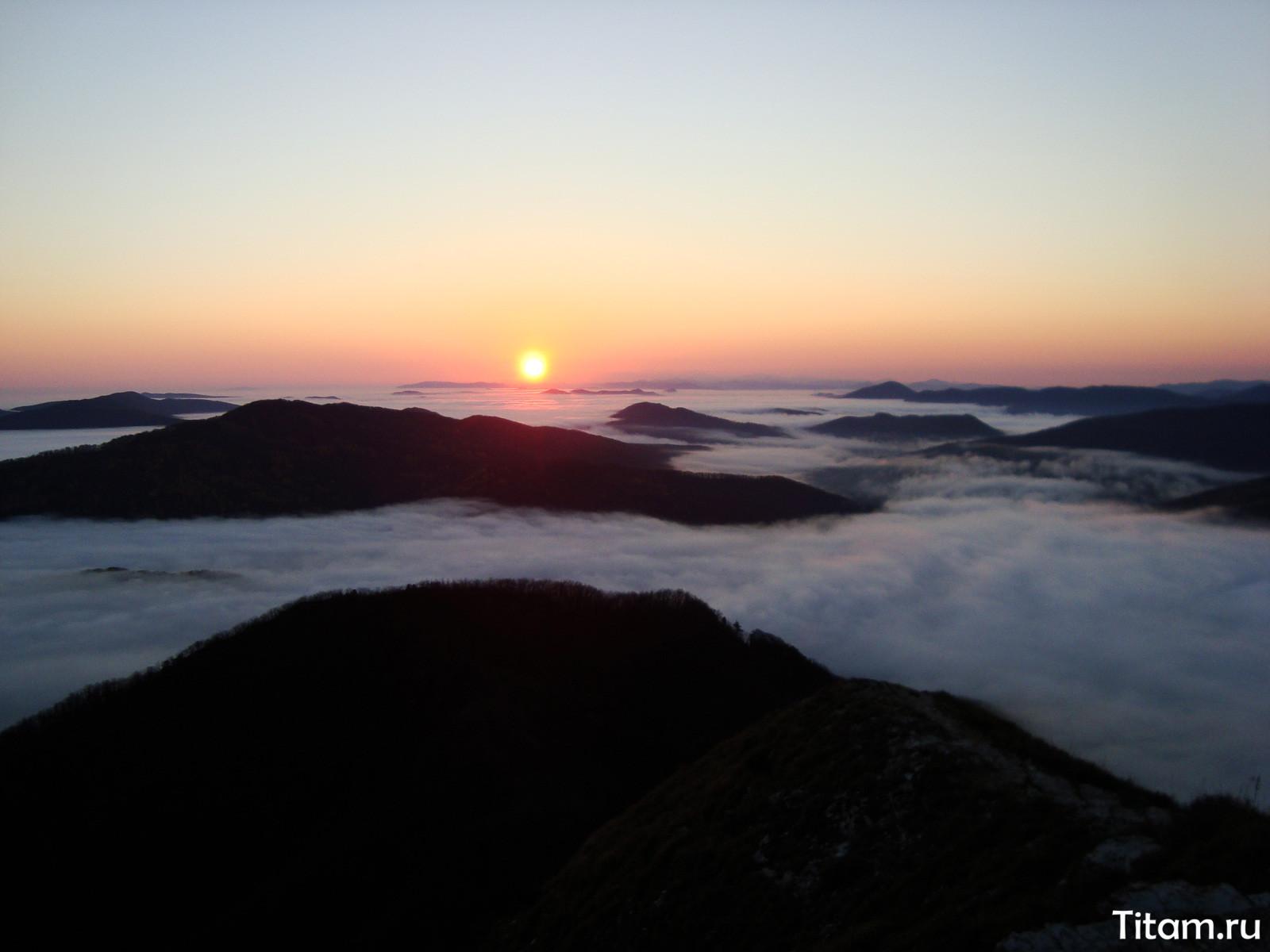 Рассвет на горе Папай