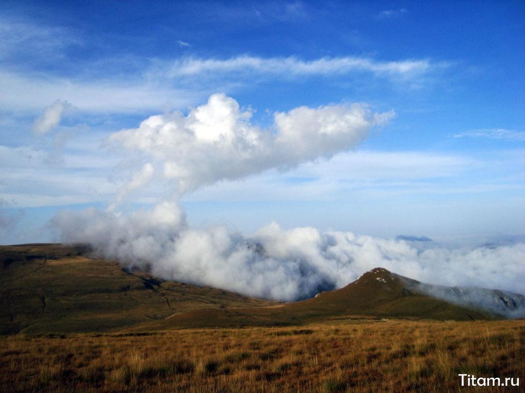 Причудливые формы облаков