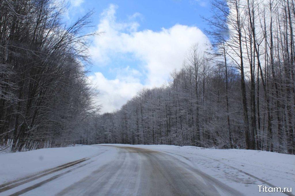 Зимняя дорога Лагонаки