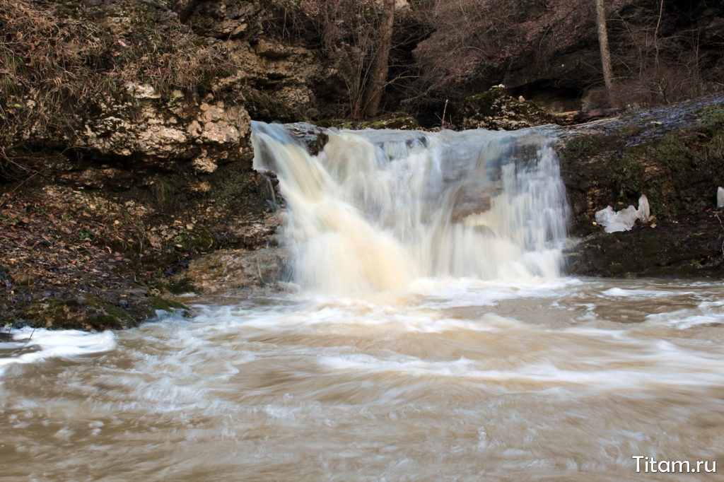 Ущелье Мишоко. Водопад