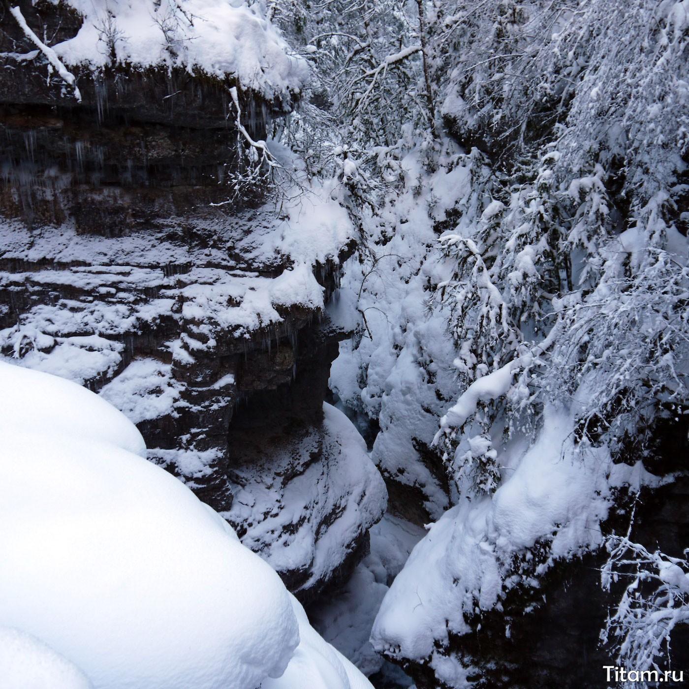 Гуамское ущелье зимой