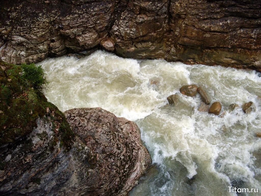 Бурные воды Курджипса