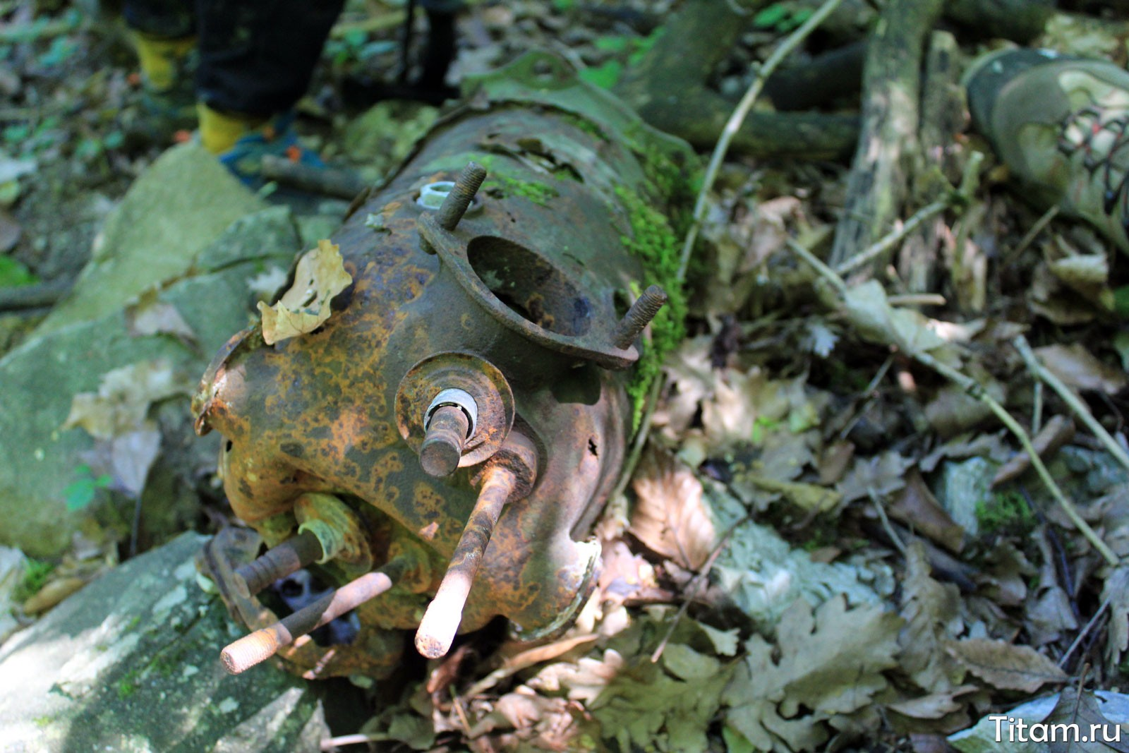 Обломки самолета Р-5