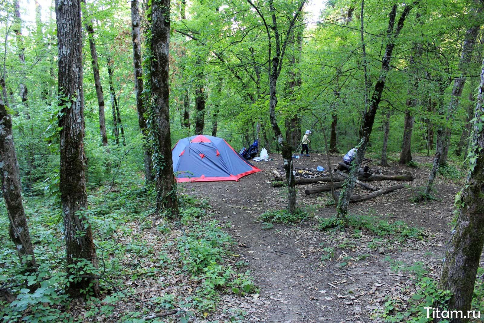 Место под палатку у водопада Мужские слёзы