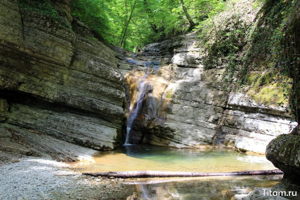 Третий Полковничий водопад