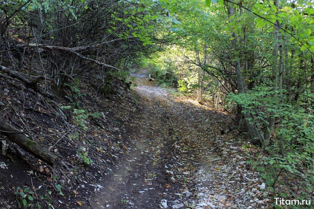 Гора Шизе. Тропа