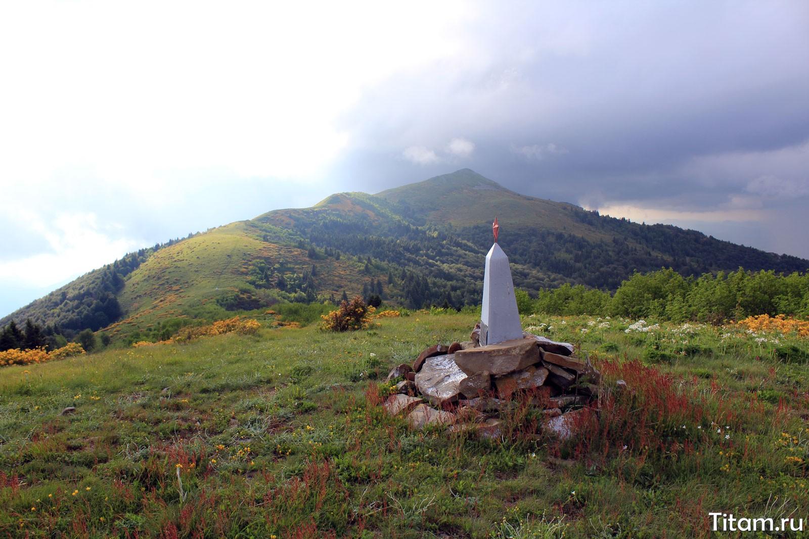 Гора Батарейная с перевала Семашхо-2