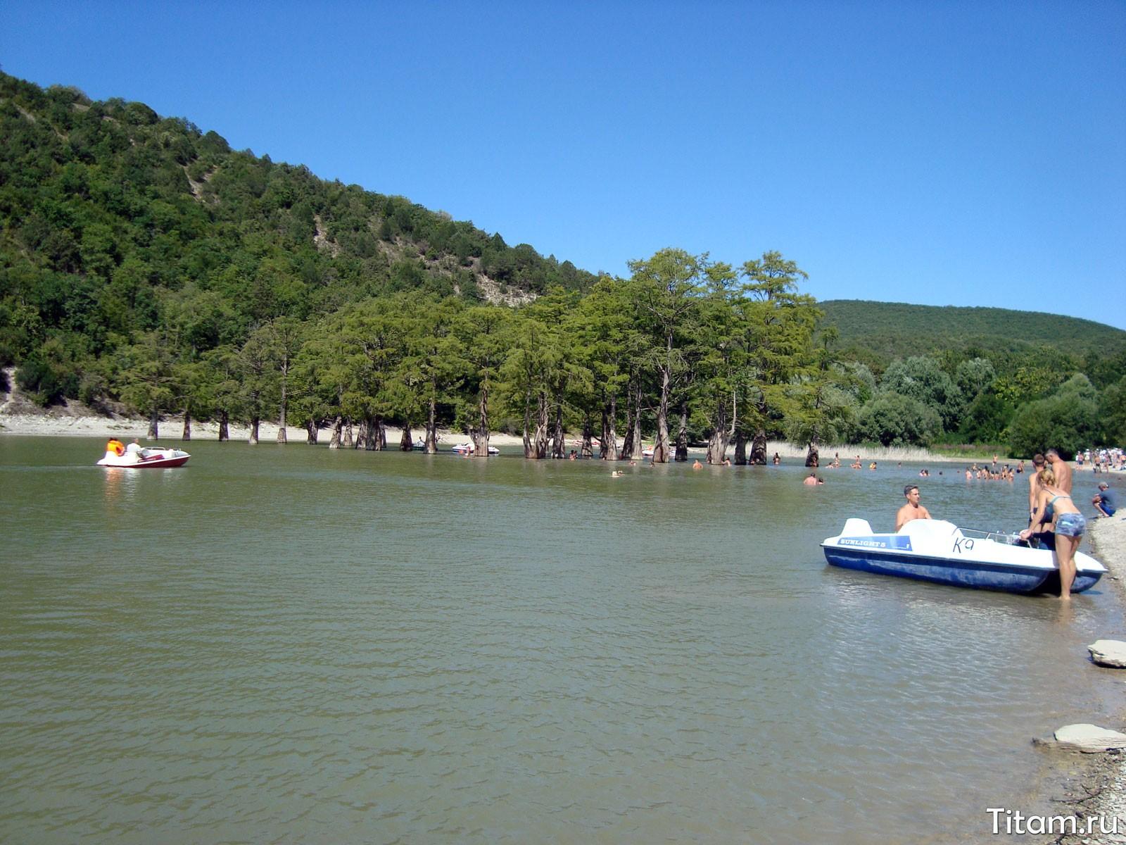 Озеро Сукко. Катамараны