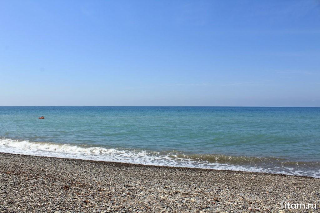 Пляж бухты Инал