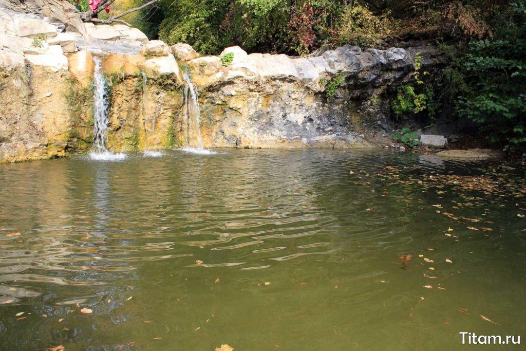 Водопады реки Жане. Водопад Изумрудный и Чаша любви