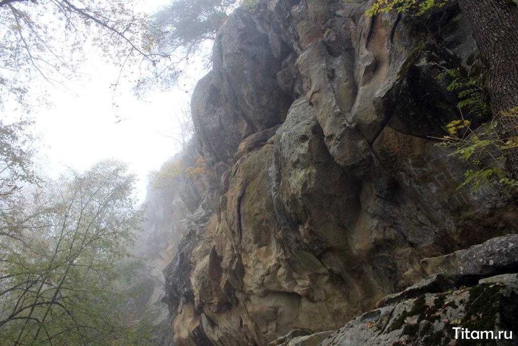Скалы Новые монастыри