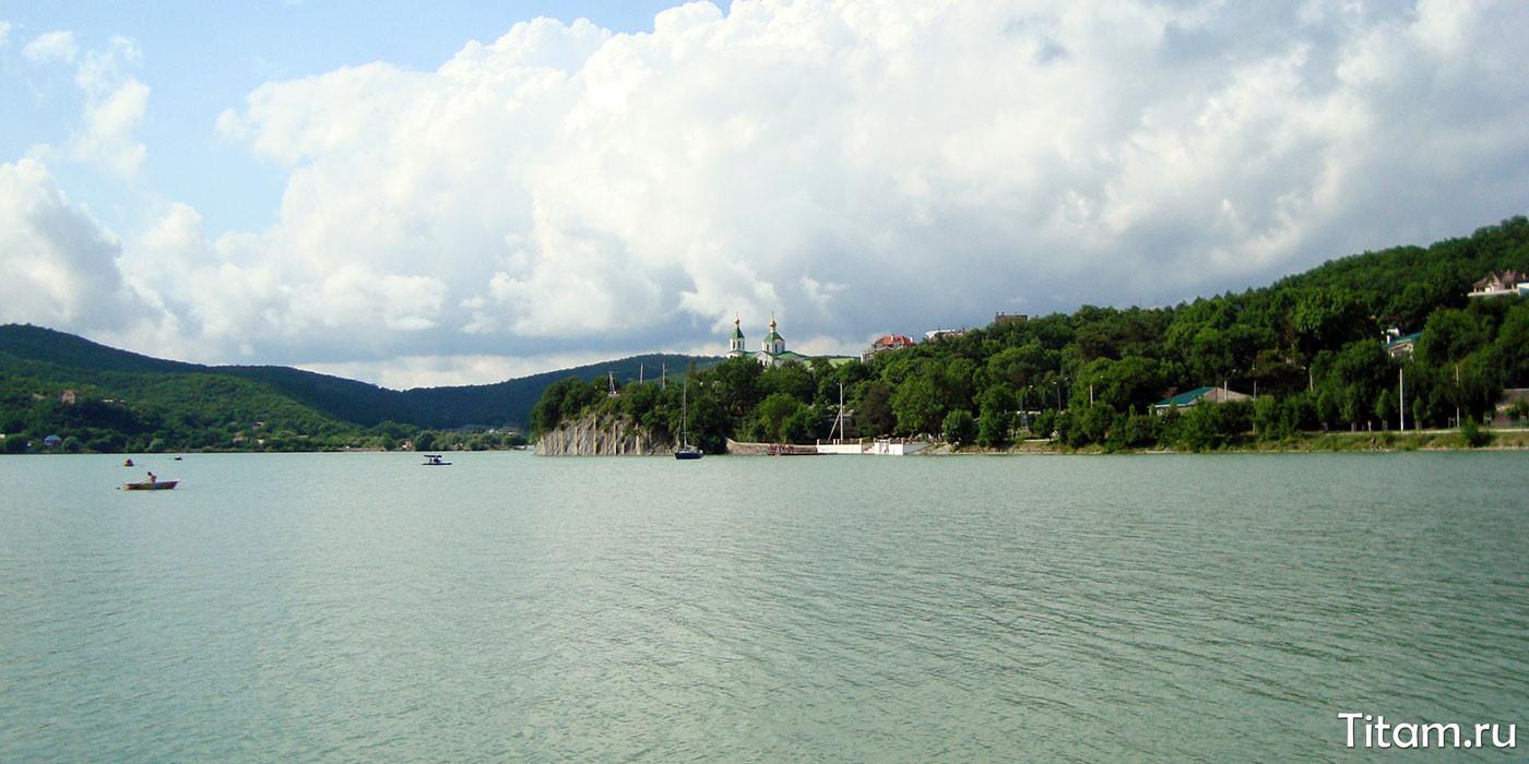 Озеро Абрау, Абрау-Дюрсо